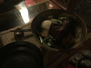 Riz rond japonais, œuf mollet travers de porc grillé